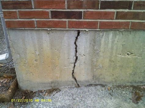 horizontal cracks in basement walls the difference between vertical and horizontal cracks in your home be secure home inspections