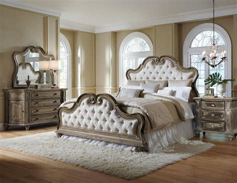 Pulaski Furniture Arabella Upholstered Bedroom Set Bedroom Furniture Sets