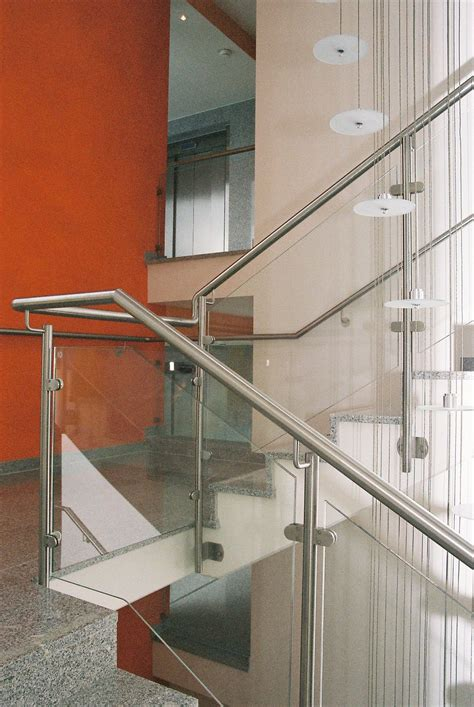 treppengeländer edelstahl glas treppengel 228 nder edelstahl mit glas gel 228 nder