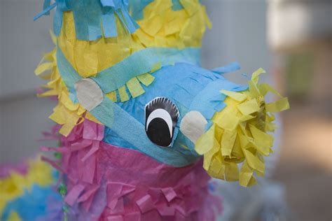 Make Paper Mache Pinata - how to make a pinata out of paper mache
