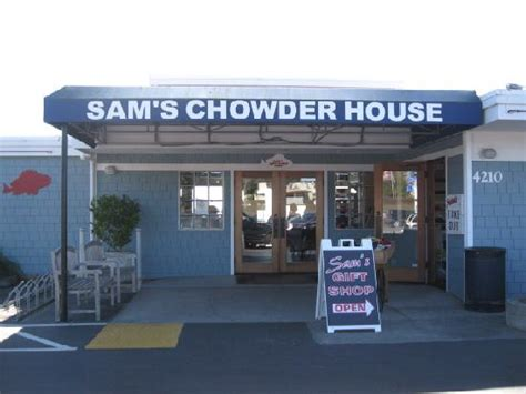 sam s chowder house sam s chowder house half moon bay zdjęcie view of the half moon bay tripadvisor