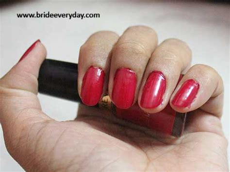 revlon nail enamel in shade cherry berry 421 review swatch