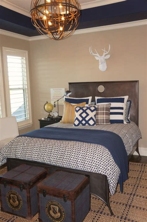 navy blue paint bedroom the 25 best navy bedrooms ideas on pinterest navy blue
