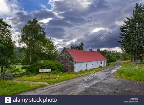cruck roof stock photos cruck roof stock images alamy