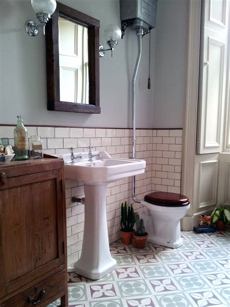 vintage bathrooms scaramanga s redesign do s don ts