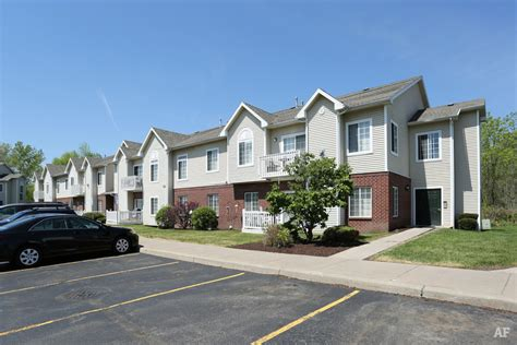 One Bedroom Apartments Rochester Ny by Blueberry Hill Apartments Rochester Ny Apartment Finder
