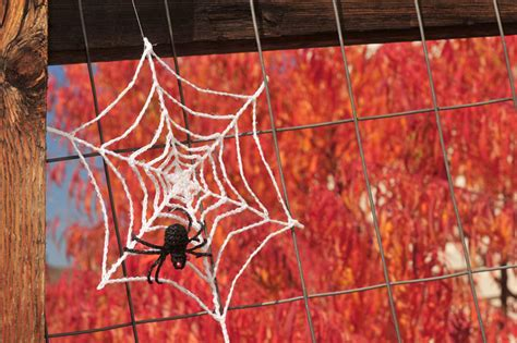 spider web pattern crochet spooky and crafty crochet halloween decorations