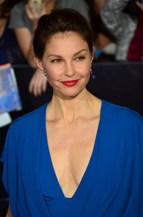 ashley judd bra size age weight height measurements celebrity ashley judd weight height measurements bra size ethnicity