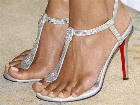tatuaggi incredibili scarpe disegnate sui piedi foto star con i tatuaggi ai piedi hot girls wallpaper