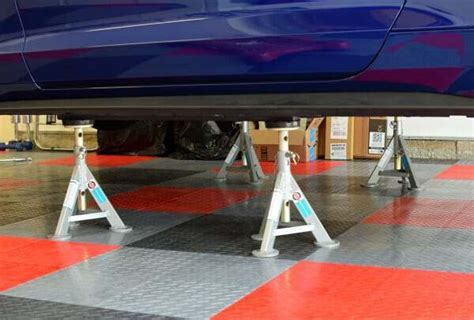 We Review the Best Jack Stands for Cars, Trucks, and SUV's