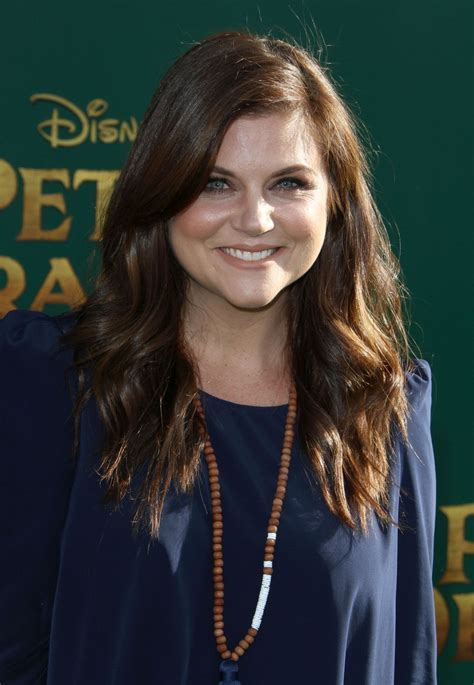 tiffani thiessen tiffani thiessen pete s dragon premiere in hollywood 8
