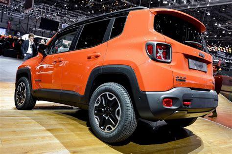 Jeep Srt8 Vs Mustang Gt 2014 Jeep Srt8 Vs Mustang Gt Autos Post