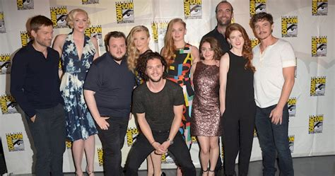 the social cast game of thrones season 6 as told by the cast s social