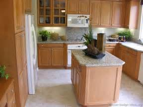 Kitchen Wall Colors With Light Wood Cabinets by Pictures Of Kitchens Traditional Light Wood Kitchen