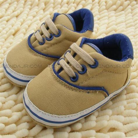 nuevos zapatos infantil  bebes nino tenis color cafe ropa  calzado  bebes ropa