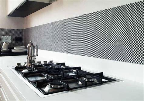 rivestimento per cucina rivestimenti cucine consigli rivestimenti