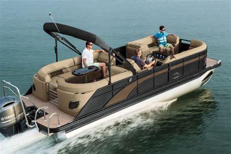 luxury pontoon boat brands bennington pontoons luxury pontoon and deck boats gsps