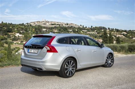 volvo  xc   wagon fuel efficient drive  engines page