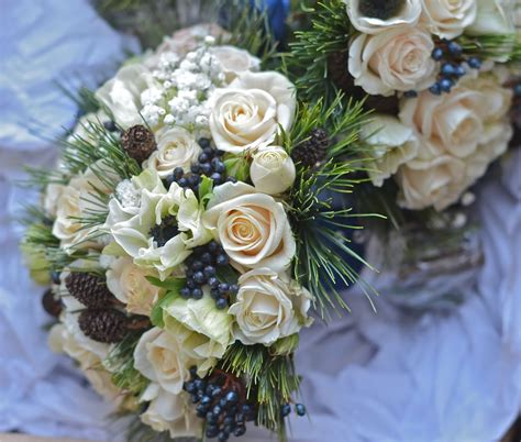 Winter Wedding Flowers by Wedding Flowers S Winter Wedding Flowers