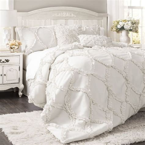 ruffled comforter set 17 best ideas about ruffled comforter on pinterest