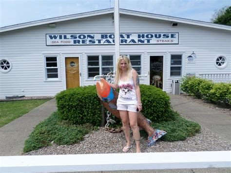 wilson boat house restaurant the front of the boat house restaurant picture of
