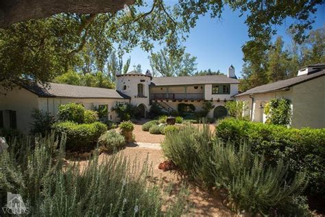 ranch house ojai reese witherspoon sells ojai ranch at a loss realtor com 174
