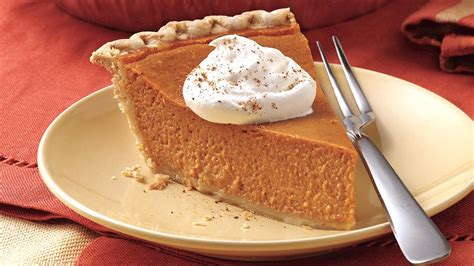 easiest ever pumpkin pie recipe from pillsbury com