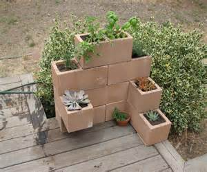 cinder block planter 3