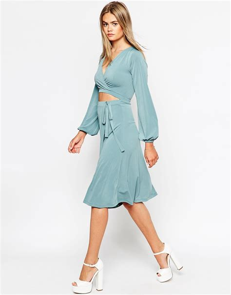 How To Make A Dress Out Of Wrapping Paper - asos wrap dress with blouson sleeves and cut out in blue