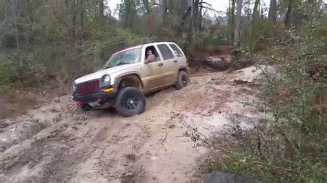 Jeep Commander Xk Vs Jeep Liberty Kj At Torr Youtube