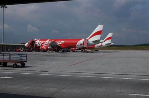 airasia hong kong review of air asia flight from kuala lumpur to hong kong