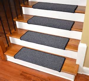 Bullnose Carpet Stair Treads by 1000 Ideas About Carpet Stair Treads On Pinterest