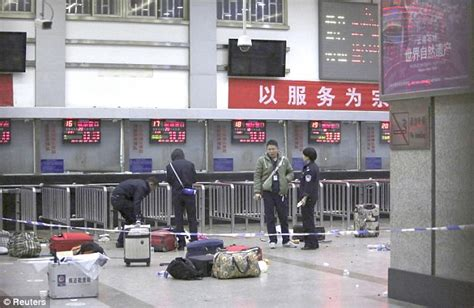 knife wielding attackers kill 29 at china train cnn china knife attack leaves at least 33 dead and 143 wounded