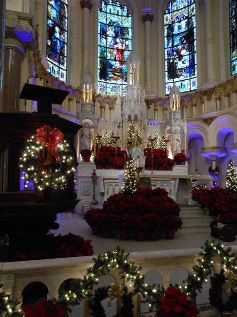 downtown ta s sacred heart catholic church decorated