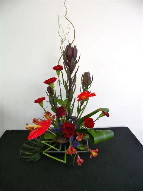 contemporary floral arrangement floral arrangement