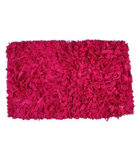 shaggy pink rug homenblingss shaggy pink rug buy homenblingss shaggy pink rug at low price snapdeal