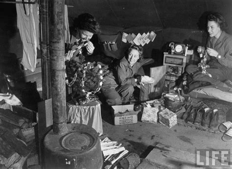 see how u s soldiers celebrate christmas during world war