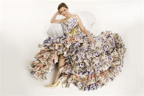 5 Pound Note Origami - now web shoes of the day looking like a million dollars
