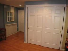 Sliding Door Closets Awesome Bedroom Interior Wardrobe Design Ideas With Closet Interior White Chocolate Sliding Door