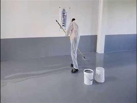 autolivellanti per pavimenti applicazione di strato floor resina epossidica