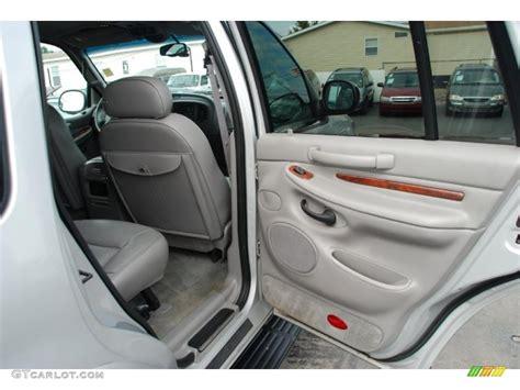 2000 Lincoln Navigator Interior by 2000 Lincoln Navigator Standard Navigator Model Door Panel