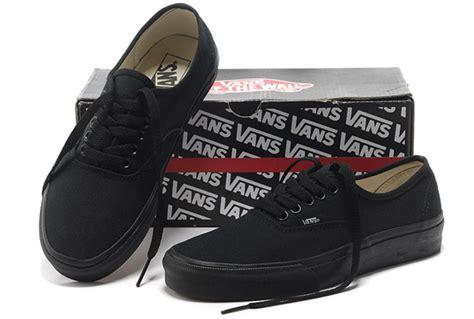 Harga Vans Black Ori jual sepatu vans authentic black grade ori di lapak
