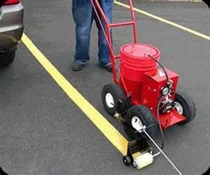 parking lot painting machine asphalt striping equipment and pavement striping equipment