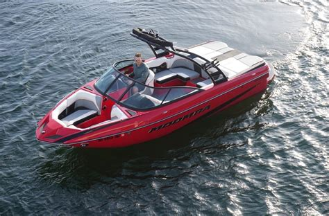 moomba boats archive projects archive lake escapes boat rentals