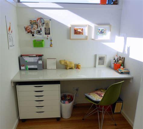 desain meja belajar anak minimalis bagaimana cara memilih desain meja belajar anak