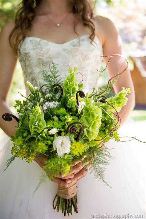 Wedding Bell Foam by 15 Flowers In Season In December For Wedding Everafterguide