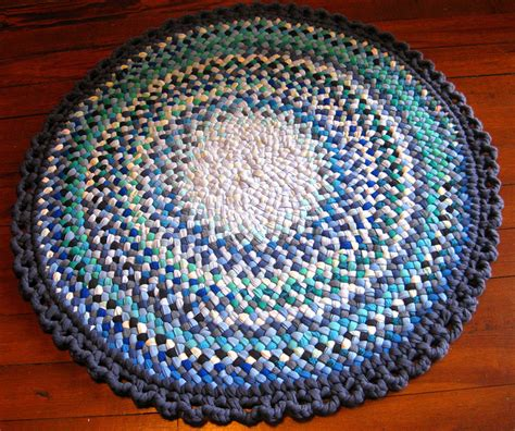 rag rug free free rag rugs rug braiding patterns included if gin is used needlecraft