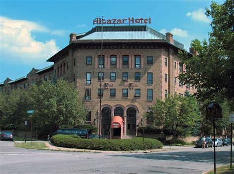 Colonial Style alcazar hotel cleveland heights ohio wikipedia