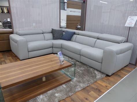 natuzzi grey leather sofa natuzzi editions umberto grey leather power reclining l h