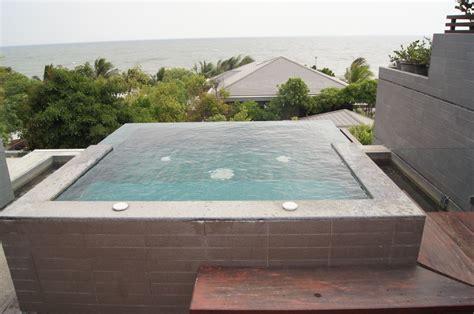 terrasse mit pool quot eigener kleiner pool auf der terrasse quot hotel rest detail